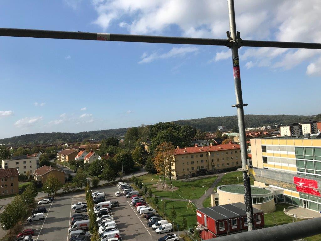 utsikten från operationssalen - man kan titta ut över hela Mölndal