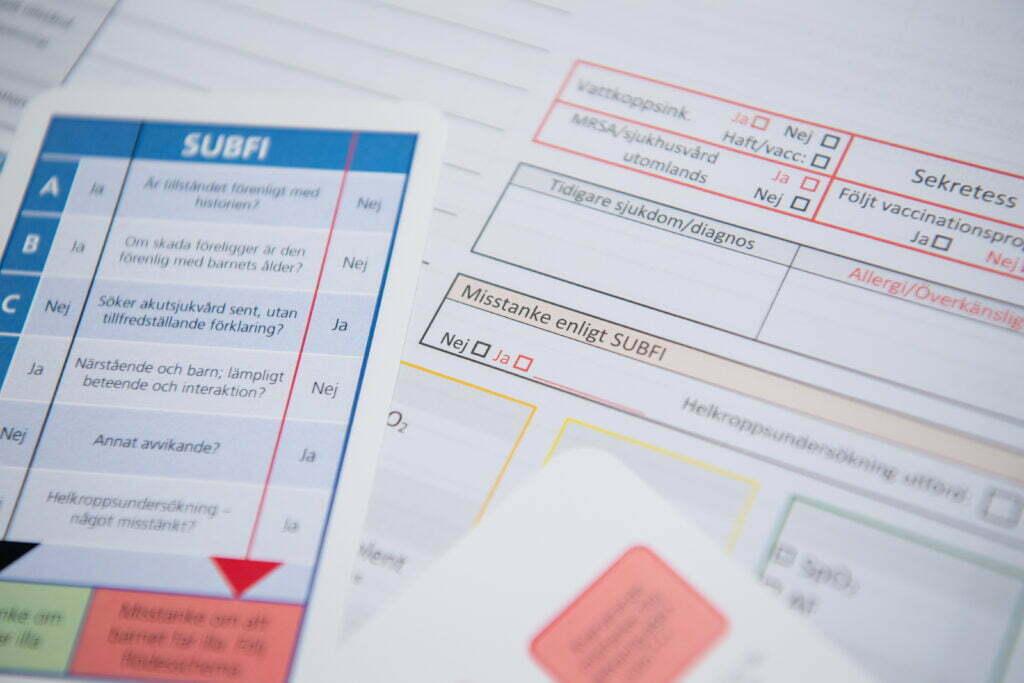 bilden visar screeningverktyget SUBFI, ett frågeformulär med frågor om barnet som sjuksköterskan ställer till sig sjöälv